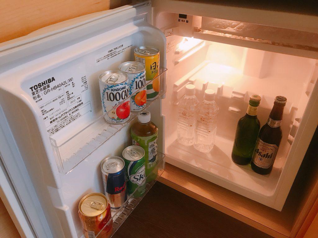 客室内の冷蔵庫